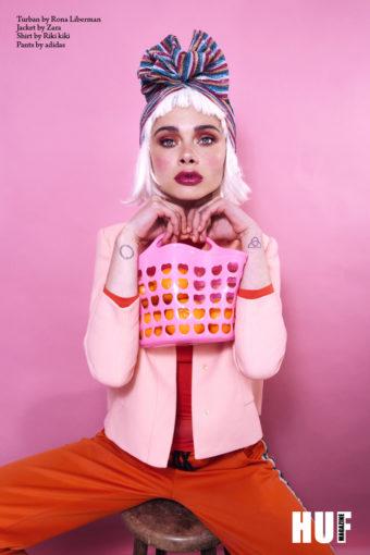 צילום אופנה של הפקה בציבעי פסטל עם המאפר עידן בר שליט